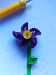 Quilling, quilled flower